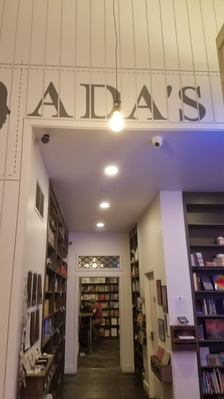 Foto av Ada's Technical Books and Cafe
